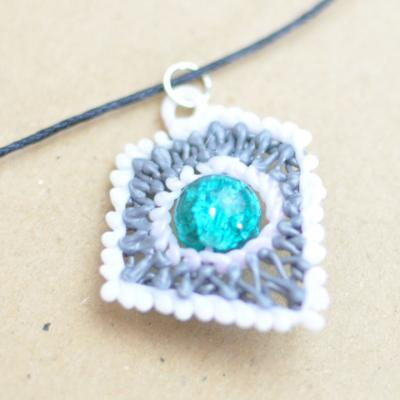 Collier 03 1 1