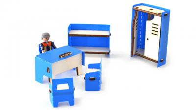 meubles de pompiers en bois et plastique bleu